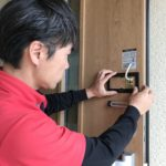 防犯リフォーム、名古屋市千種区、防犯フィルム・玄関電子錠設置工事が完了。