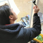 空き巣対策、名古屋市昭和区、防犯フィルム・防犯窓鍵・人感センサーライト設置工事が完了。