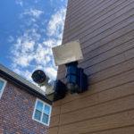 防犯対策、三重県四日市市、防犯カメラ・人感センサーライト設置工事が完了。