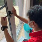 防犯対策、愛知県刈谷市、防犯フィルム・防犯窓鍵交換・玄関3ロック工事が完了。