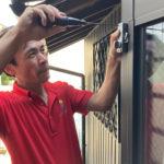 防犯対策、名古屋市中村区、防犯フィルム・防犯窓鍵・勝手口3ロック設置工事が完了。